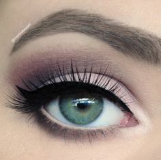 eye makeup, innocent, beautiful, black liner, simple, crease, brows, eye brows, green eyes, pink eye shadow