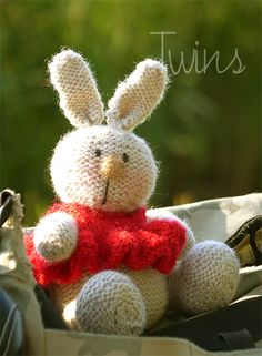 knitted bunny, knitted rabbit, knitted toy