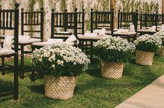 decoração de casamento com flores do campo
