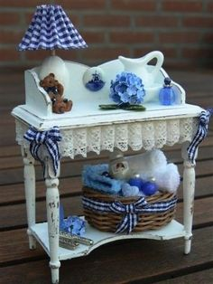 Wash table with accessories in blue. 1/12 scale