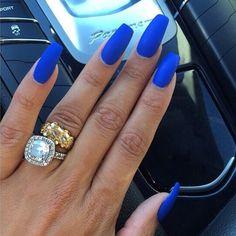Love this colour #RoyalBlue #Mac #TiaraOnTop @maccosmetics