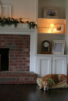 Awesome Built In Cabinets Around Fireplace Design Ideas - Decomagz design with built ins Awesome Built In Cabinets Around Fireplace Design Ideas - Decomagz Home Fireplace, Family Room Design, Bookshelves Around Fireplace, Built In Cabinets, Brick Fireplace Mantles, Fireplace Design, Family Room, House, Fireplace Built Ins