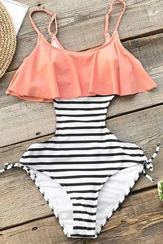 c113377ec923be Sweet Smile Falbala One-piece Swimsuit Freizeitkleidung, Bademode, Badeanzug,  Kleider, Bikini