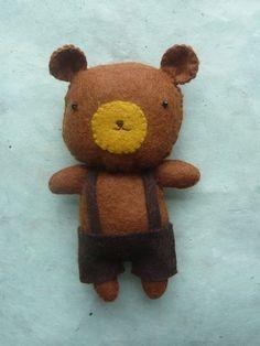Felt toy bear Woody