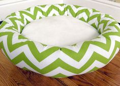 I just came across these stylish modern pet beds from Etsy seller Pet Design. Made with durable upholstery weight cotton fabrics in beautiful colors and prints, these would be perfect in a modern home. Available in a range of sizes starting at just $29. Visit the Pet Design Etsy shop to see the full selection.