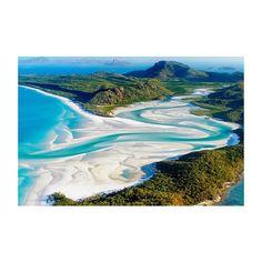 次オーストラリアに 行った時はヘリに乗って この景色を拝みたいなー  オーストラリアは思い出の地 そして行きたいところが 多すぎてやばい  グレートバリアリーフ ウルルシドニー水族館 サーファーズパラダイス  ハーバーブリッジのところを 船に乗ってお酒飲みながら 年越しをするのも夢 花火が最高にキレイ  #オーストラリア #Australia #小学生以来 #コアラを抱っこ #二度としたくない #だって #臭くて #重くて #毛が硬い #GreatBarrierReef #ウルル #グレートバリアリーフ #シドニー #Sydney #ハーバーブリッジ #サーファーズパラダイス #sufersparadise  #sea #trip # # by misato_lifes http://ift.tt/1UokkV2