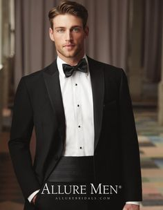 Heath Hutchins / The Knot Fall 2015 by The Knot Black Tie Tuxedo, Slim Fit Tuxedo, Tuxedo For Men, Wedding Men, Wedding Suits, Heath Hutchins, Soccer Hair, Pompadour Men, Hair Trends 2015