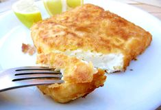 Fried Feta Cheese Saganaki (Ready In - Real Greek Recipes - One of the tastiest things on earth. Fried Feta Cheese or Saganaki in Greek is an easy to - Greek Appetizers, Appetizer Recipes, Feta Cheese Recipes, Vegan Cheese, Greek Cheese, Goat Cheese, Greek Potatoes, Honey Sauce, Cheese Tasting