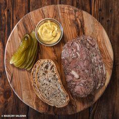 Prosty przepis na salceson wieprzowy - Blog kulinarny - Magiczny Składnik Steak, Blog, Pork Dishes, Easy Meals, Steaks, Blogging