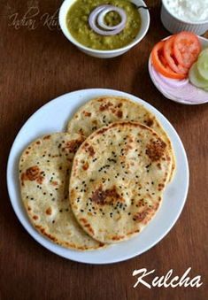 Kulcha recipe without yeast or Kulcha Naan, Kulcha Paratha is called is flat Indian Bread served as breakfast with chole. Kulcha in stove top, Amritsari Kulcha, Recipe Kulcha,ramadan recipes Pan Indio, Indian Bread Recipes, Kulcha Recipe, Indian Flat Bread, Indian Breads, Vegetarian Recipes, Cooking Recipes, Easy Recipes, Paratha Recipes
