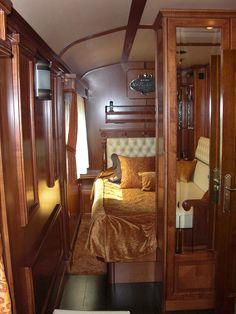 El Transcantabrico Gran Lujo - looking into suite double bedroom