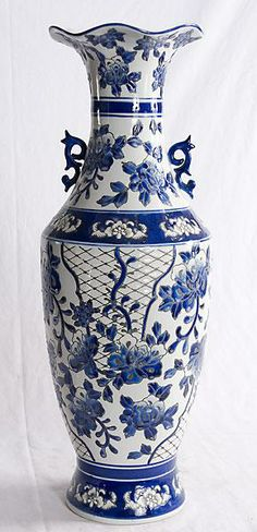 Blue and White Porcelain decorated Vase.