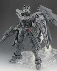 Yoshify[ヨシ]'s AMAZING MG 1/100 FREEDOM GUNDAM Ver.2.0 WIP: Many Big Size Images http://www.gunjap.net/site/?p=312663