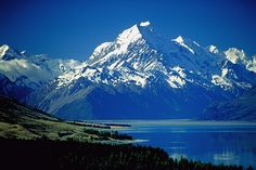 Mt Cook with Lake Pukaki in the foreground.