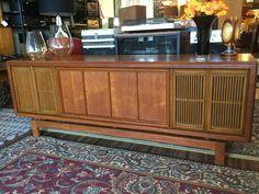 Big General electric radiogram at Multisonics. 20th Century Hi Fi in Thornbury, Melbourne, Australia