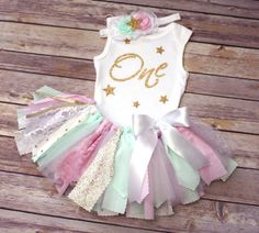 Twinkle Twinkle Little Star Fabric Tutu Outfit // First Birthday Outfit // Ships Fast // Buy it now on Etsy from FlyAwayJo
