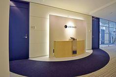 オフィスデザイン実績~流線的なデザインが躍動感をもたらすグローバルオフィス