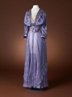 Edwardian belle epoque  Dress, 1910-15 From the Amsterdam Museum  Fripperies and Fobs