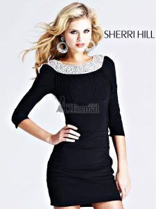How awesome is this Sherri Hill Dress!