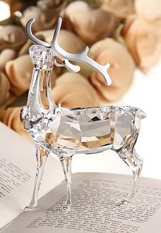 Saved from Crystal Classics Swarovski Crystal Figurines, Swarovski Crystals, Cut Glass, Glass Art, Glass Figurines, Silver Christmas, Elegant Christmas, Glass Animals, Crystal Collection