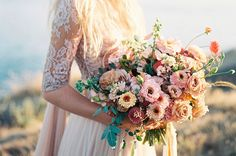 Bouquet da sposa 2017, tutte le tendenze per il giorno del sì [FOTO] - Donnaclick