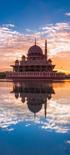 Putra mosque, Putrajaya, Malaysia #creativelolo#art#travel#photography#illustration#creative#design
