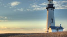 Tour the Yaquina Head Lighthouse with it's picturesque views. Located in Newport on the Oregon coast see the map & tide pool, & learn it's history. Landscape Wallpaper, Nature Wallpaper, Vander Lee, Patriotic Wallpaper, Saint Mathieu, Lighthouse Pictures, Free Desktop Wallpaper, Desktop Backgrounds, Hd Desktop