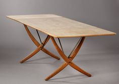 Hans J. Wegner 1914 -2007. Dining table, model AT-304. Oak top with two drop-leaves.