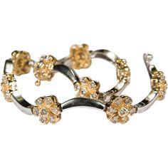Flowery Diamond Bracelet 14k Gold Two Tone Link Flower Bracelet @rubylanecom #diamonds #rubylane