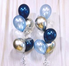 Details: - 2 x Bouquets of 7 (Duo Style) - Latex Colour: Pearl Midnight Blue, Pearl Azure, Pearl White, Diamond Clear, Chrome Silver Balloon Table Decorations, Balloon Centerpieces, Birthday Decorations, Masquerade Centerpieces, Wedding Centerpieces, Clear Balloons, Rainbow Balloons, Blue Balloons, Balloon Bouquet