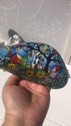 Home decoration art paperweight waterproof painting, Naive art painted rock by Christine Onward Pebble Painting, Pebble Art, Stone Painting, Stone Crafts, Rock Crafts, Arts And Crafts, Decoration Ikea, Art Decor, Rock Kunst