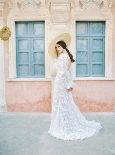 perfect summer wedding inspiration with this stunning long white wedding dress with long sleeves and applications and a straw hat wedding gowns Russian Swan Princess Bridal Inspiration Making A Wedding Dress, V Neck Wedding Dress, White Wedding Dresses, Boho Wedding Dress, Wedding Gowns, Wedding Attire, Bridal Gowns, Bridal Shoot, Boho Bride