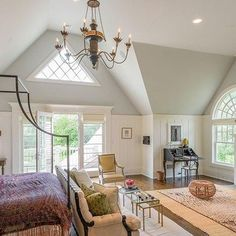 Celebrity Chef Katie Lee Lists Hamptons House Designed by Nate Berkus