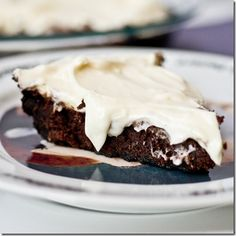 Oreo crusted brownie pie with cream cheese frosting