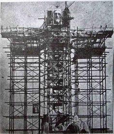 A Megváltó Krisztus szobor építése - Rio 1931 (640×755)