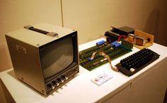 Steve Jobs' erster Computer – Apple I für halbe Million Euro versteigert