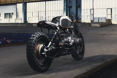 The third build from Munich-based Diamond Atelier is this brutal-looking BMW R100R custom.