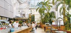 Palmenhaus, best breakfast, nice view to Burggarten, central location. Luxury Store, Royal Garden, Cafe Interior, Interior Design, Vienna Austria, Cafe Bar, Cool Bars, Nice View, Places To Go