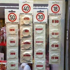 As a 30 year old, I'm offended. Funny Spanish Memes, Spanish Humor, Funny Jokes, Hilarious, Very Funny, Funny Cute, Happy 50th Birthday, Just Smile, Adult Humor