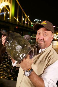 'Bizarre Foods America' visits Pittsburgh for some weird and wonderful