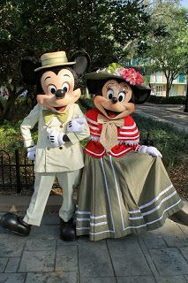 Unofficial Disney Character Hunting Guide: Easter Resort Characters port orins Mickey and Minnie