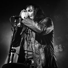 Rudi Protrudi, singer of the New York based band The Fuzztones, performing at Patronaat, Haarlem, The Netherlands.