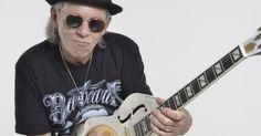 Guitarrista Luiz Carlini faz show com sucessos da carreira em Salvador