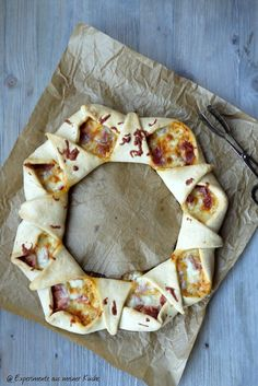 Experimente aus meiner Küche: Pizzaring Pizza Ring, Pizza Recipes, Brunch Recipes, Vegetarian Recipes, I Love Food, Good Food, Snacks Für Party, Diy Food, Pie