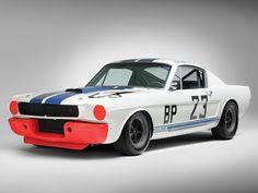 O Shelby GT-350 R que mais venceu corridas na história será leiloado