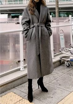 Long Coat Outfit, Winter Coat Outfits, Trench Coat Outfit, Winter Fashion Outfits, Fall Outfits, Women's Fashion, Fashion Coat, Long Trench Coat, Vest Coat