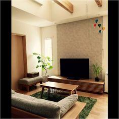 ウンベラータ/ソファ/シンプル/エコカラット/ラグ/TVボード…などのインテリア実例 - 2015-04-11 16:37:10 | RoomClip(ルームクリップ) Japanese Living Rooms, Japanese Home Decor, Japanese Interior, Living Room Tv, Cozy Living Rooms, Home And Living, Home Fix, Fashion Room, Cozy House