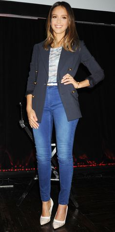 Jessica Alba gave her printed tee and blue denim skinnies a dapper spin with a preppy navy blazer. The fishing touches? A white skinny belt, a navy carryall and white striped pumps. #InStyle