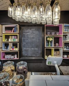 Milk & Cookie Bar that uses traditional glass milk bottles for their decor… Cafe Interior, Shop Interior Design, Retail Design, Cafe Design, Cafe Restaurant, Restaurant Design, Cafe Coton, Café Bistro, Deco Cafe