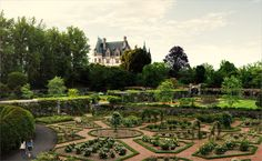 The Biltmore Estate is one of my favorite places to visit! Put it on your bucket list!!!